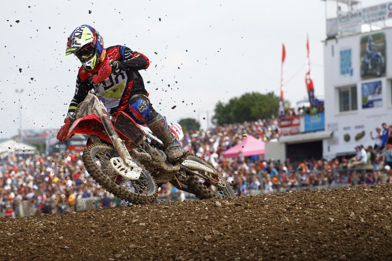 Bobryshev cuts through the field to take sixth in qualifying for MXGP of France