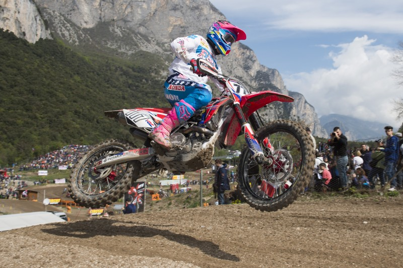 Bobryshev takes first ever Qualifying Race victory in Team HRC 1-3