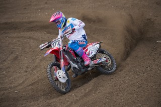 Bobryshev takes qualifying win in Italy