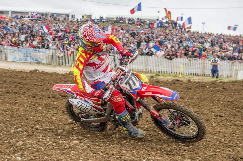 Bobryshev wins MXGP of France qualifying race, as Paulin crashes heavily from lead