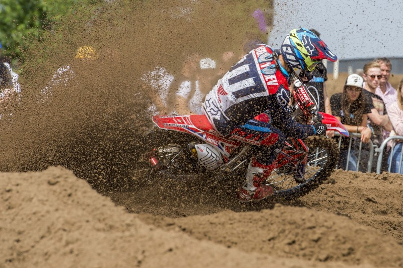 Bobryshev and Paulin fight through the field at the MXGP of Belgium