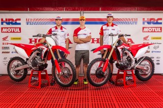 The 2017 Honda CRF450R and CRF450RX with Bobryshev, Gajser and Paulin