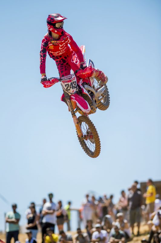 Gajser takes fifth in Portugease qualifying