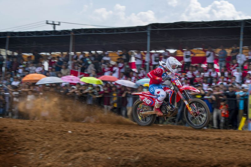 Gajser extends MXGP winning streak to six in Indonesia