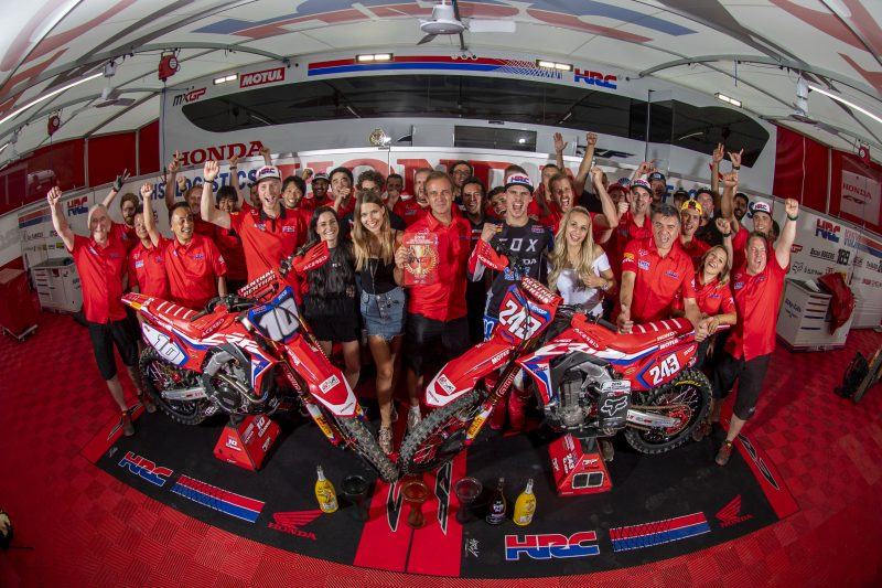 Gajser wins in the deep sand of Lommel to set more records