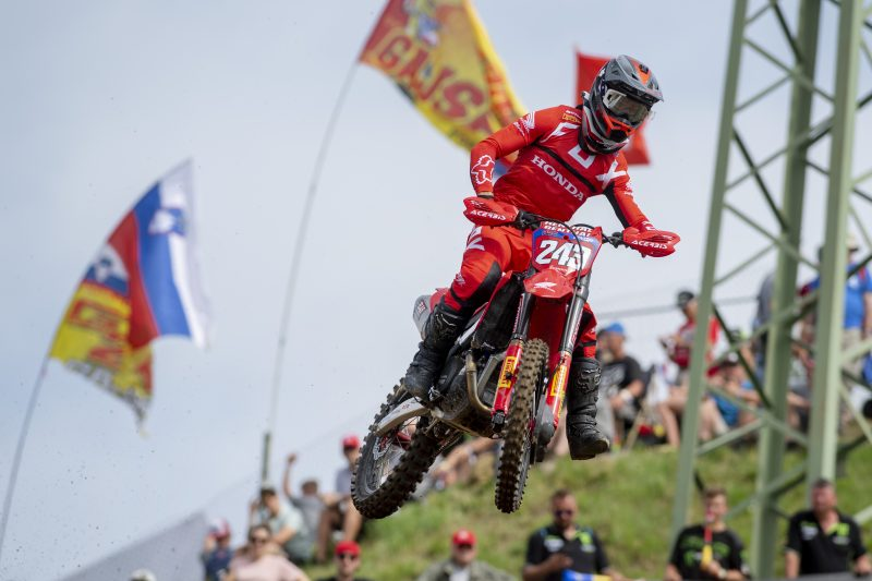 Gajser maintains championship lead after hard-fought Loket