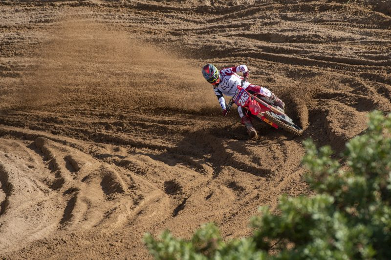 Gajser battles hard to keep himself in the MXGP championship fight